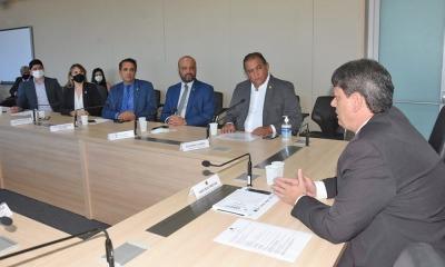 A reunião contou com a participação de parlamentares da bancada tocantinense