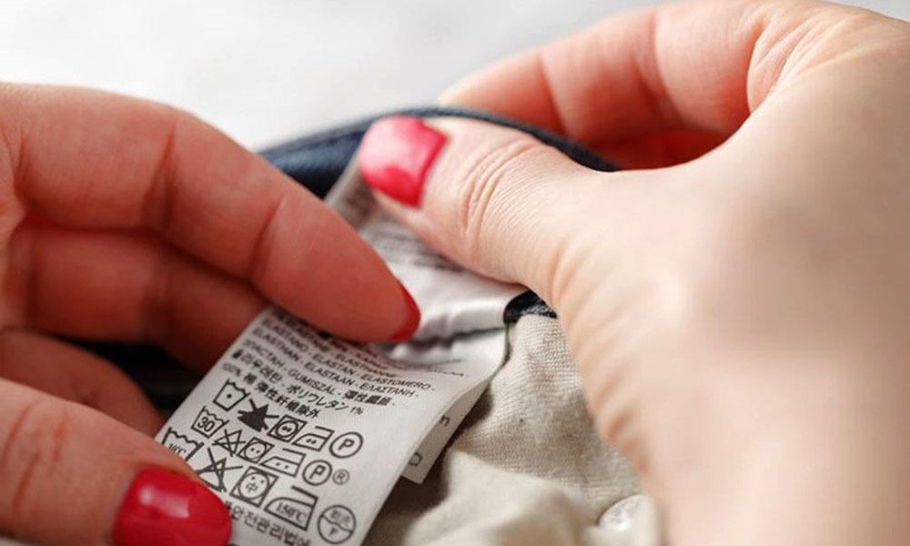 Para o consumidor que optar por presentear a mãe com roupas, é importante estar atento à etiqueta do produto - Divulgação