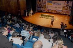 """""""A palavra chave da nossa gestão é parceria. Por meio delas podemos multiplicar as ações e fortalecer o nosso segmento"""", destacou Olyntho Neto durante palestra.."""